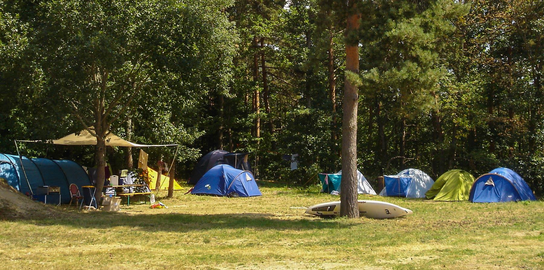 Camping du Sabot - Emplacements ombragés